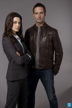 Intelligence - Cast Promotional Photos- MEGHAN ORY,  JOSH HOLLOWAY