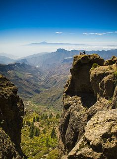The center of Gran Canaria, Tenerife in the background Oh The Places You'll Go, Places To Travel, Places To Visit, Tenerife, Grand Canaria, Canario, Canary Islands, Bilbao, Spain Travel