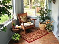 Amazing sunroom ideas on a budget. Learn how to build and decorate an affordable small sun porch design ideas or screened in porch / patio decor. Sunroom Furniture, Outdoor Furniture Sets, Outdoor Decor, Wicker Furniture, Furniture Ideas, Design Your Home, House Design, Small Sunroom, Conservatory Decor Small