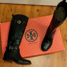 """Tory Burch Calista Riding Boots Black leather equestrian Tory Burch boots in good condition.  Tumbled leather upper. Golden hardware. Almond toe. Buckled harness strap. Logo buckled strap at top of shaft. Side zip for ease of dress. 1 1/4"""" stacked flat heel. Tory Burch Shoes Lace Up Boots"""