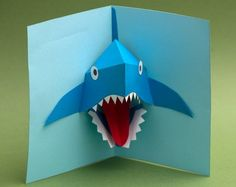 Pop up Shark card in animated action! Pop Up Art, Arte Pop Up, Origami Cards, 3d Cards, Paper Cards, Pop Up Greeting Cards, Pop Up Box Cards, Pop Up Card Templates, Origami Templates