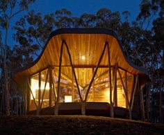 Trunk House, in Australia's Central Highlands of Victoria, Paul Morgan Architects