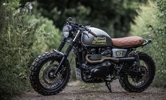 The British manufacturer, Triumph Motorcycle, introduced the latest addition to their scrambler motorbike lineup. Triumph presents the Scrambler 1200 with this Triumph Cafe Racer, Triumph Motorcycles, Indian Motorcycles, Cafe Racer Motorcycle, Cool Motorcycles, Motorcycle Design, Vintage Motorcycles, Girl Motorcycle, Motorcycle Quotes