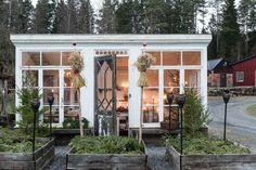 backyard shed diy Backyard Studio, Garden Studio, Backyard Office, Outdoor Rooms, Outdoor Living, Outdoor Decor, Gazebo, Greenhouse Shed, Small Greenhouse