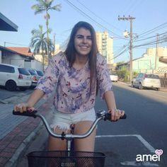 ia lindo cheio de novidades e sorrisos  #lojaamei #novidades #muitoamor #cropped #jeans #bike #dialindo