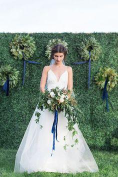 Du velours pour votre mariage : de jolies inspirations avec la matière star de cet hiver ! Image: 26