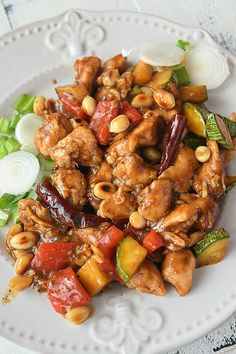 Panda Express Copycat Kung Pao Chicken - so easy and best recipe of chicken tossed with bell peppers,chili peppers ,zucchini and peanuts in sauces - restaurant style amazing chinese food-better than takeout Kung Pao Chicken Recipe Easy, Chicken Recipes Juicy, Easy Chinese Recipes, Asian Recipes, Healthy Recipes, Ethnic Recipes, Asian Foods, Easy Recipes, Gastronomia