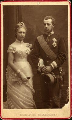 El Archiduque Rodolfo de Habsburgo-Lorena, príncipe heredero de Austria, Hungría y Bohemia fue el único hijo varón del emperador Francisco José I y de su esposa la emperatriz Isabel de Austria.