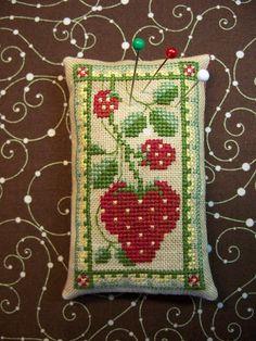 """Design ~ Vegetable Trinket Cards """"Strawberry"""""""