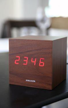Cube Clock - Wood Effect