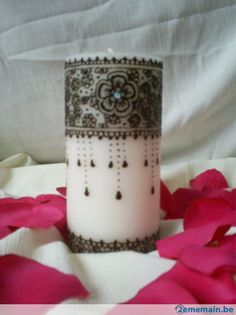 bougie henné deco Candle Tattoo, Henna Candles, Eclectic Taste, Mehendi, Henna Designs, Pillar Candles, Creations, Arts And Crafts, Heart