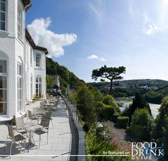 In collaboration with the Cornwall Wildlife Trust, Barclay House in Cornwall offers the chance to get married on Looe Island. Tempted? I am !