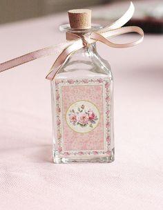 Vintage Rose Bottle -shabby chic idea! DECOUPAGE