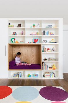Kids Room Shelves Bookcase Playroom Room Type Bench Toddler Age Storage Dark Hardwood Floor Neutral Gender Bedroom Room Type and Rug Floor Child's bedroom with custom cabinetry and reading nook Photo 3 of 19 in 19 Cozy Nooks That Radiate Charm and Comfort Small Space Interior Design, Kids Room Design, Playroom Design, Kids Room Shelves, Kids Playroom Storage, Toddler Playroom, Kids Bookcase, Toddler Rooms, Kid Room Storage