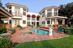 755 North Ocean Boulevard Florida, Delray Beach: Inspired by the Sand and Sea, Villa Papillon offers a mix of styles and finishes which distinguishes this oceanfront compound. Located just seven-and-a-half blocks north of Atlantic Avenue on A1A, it offers 8,959 square feet of air conditioned space, six bedrooms, six full baths, two half baths, 23-foot soaring ceilings, and four cooking areas including gourmet kitchen with separate Butler's kitchen.