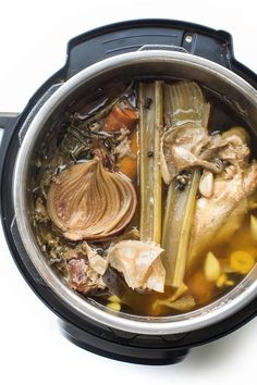 Paleo, + Keto Instant Pot Chicken Stock Bone Broth Recipe + Video - make your own tastier bone broth at home for a fraction of the price. Use in soups, sauces, or sipping! Gluten free, grain f Asian Crockpot Chicken, Home Made Chicken Broth, Asian Recipes, Whole Food Recipes, Making Bone Broth, Grain Free, Dairy Free, Homemade Bone Broth, Paleo Soup