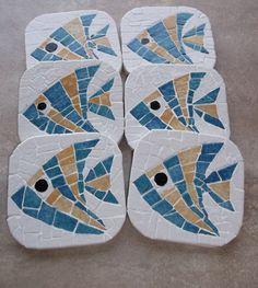 Mosaic Tile Designs, Mosaic Tile Art, Mosaic Artwork, Mosaic Diy, Mosaic Crafts, Mosaic Stepping Stones, Stone Mosaic, Fish Patterns, Mosaic Patterns