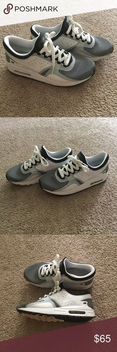 Nike Air Max Unisex Youth Shoes - They Are Like Brand New e6f4fa69b0e9