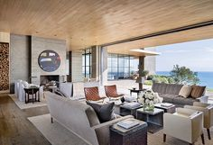 Find home décor inspiration at Architectural Digest. Everything you'll need to design each and every room in your house, from the kitchen to the master suite. Architectural Digest, Style At Home, Ultra Modern Homes, Malibu Homes, Interior Architecture, Interior Design, Pavilion Architecture, Room Interior, Design Case