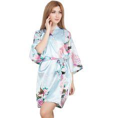New Wedding Bride Bridesmaid Robe Floral Bathrobe Short Kimono Night Robe  Bath Robe Fashion Dressing Gown For Women One Size e7376a5bf