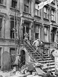 collyer brownstone | View of Collyer Brothers' Brownstone on Fifth ...