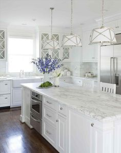 Love looking for great white kitchen decorating ideas? Check out these gallery of white kitchen ideas. Tag: White Kitchen Cabinets, Scandinavian, Small White Kitchen with Island, White Kitchen White Witchen Countertops White Kitchen Decor, Kitchen Cabinets Decor, Cabinet Decor, Kitchen Cabinet Design, Interior Design Kitchen, Kitchen Ideas, Cabinet Ideas, Kitchen Inspiration, Cabinet Makeover