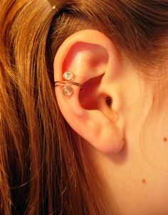Ear Cuffs. No piercing needed. Very cute; I want to learn to make these!