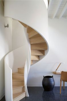 White and Oak Stairs - Lonny