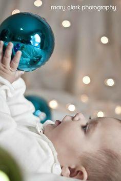diy family christmas photo pose - Google Search