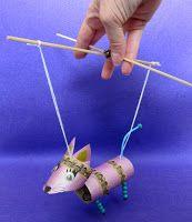 Lavbenet Huskat marionetdukke