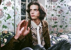 Erin Mommsen photographed by Tina Tyrell and styled by John Colver, for the latest issue of Bon magazine. Beatiful People, Beautiful Boys, Pretty People, Pretty Boys, Erin Mommsen, Editorial Fashion, Fashion Photography, Editorial Photography, Poses