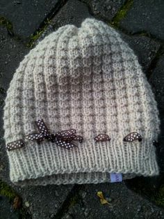 Knitted Hats, Crochet Hats, Knitting, Fashion, Knit Hats, Moda, Tricot, La Mode, Knit Caps