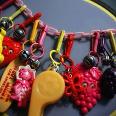 LOL, I remember this. Charm bracelets from the had these! Fisher Price popcorn popper come on get happy. My Childhood Memories, Childhood Toys, Great Memories, School Memories, Fisher Price, Kitsch, Charm Braclets, Charm Necklaces, 80s Kids