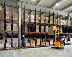 Forklift Equipment Sales: Renting Forklifts: A Good Option! http://forkliftequipmentsales.blogspot.com.au/2015/02/renting-forklifts-good-option_23.html
