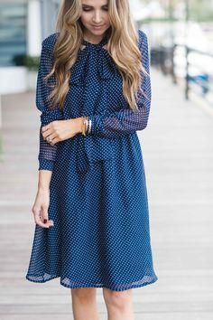 Merrick's art - Bow Collar Dress tutorial