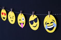 Printable Emojis Banner perfect for a dorm room or birthday party via @PagingSupermom