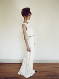 maxi white dress + thin electric blue belt