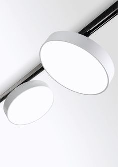 Supernova XS Pivot - 2013 | work | Red Dot Award: Product Design Track lighting by Delta light Belgium....never thought I would like track again ;-)