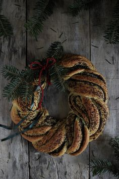 Vanilla&Staubzucker: Makovnjača Christmas braid – Makovnjača l'intreccio Natalizio – Makovnjača Božićna pletenica