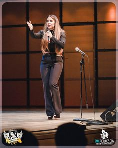 A Night of Comedy with Comedian Enissa Amani @enissa_amani Photographer @pourya_ali / Event by @mehran_moosakhani (New Arts Productions)  More photos at our Facebook page http://ift.tt/2oZ15Mk http://ift.tt/2oSwpw1  #live #stage #concert #enissaamani #comedians #standup #persian #comedy #laugh #eventplanner #fun #artist #modeling #models #torontomodels #show #toronto #event #torontowedding #tv #actor #torontoeventplanner #pourya_ali #torontoevents #torontoconcerts #taakpictures…