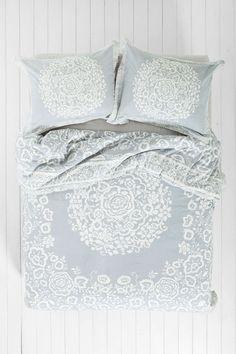 Plum & Bow Mina Flower Duvet Cover  http://www.urbanoutfitters.com/urban/catalog/productdetail.jsp?id=33050402&parentid=A_BED_D#/