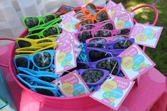 Favors at a Summer Party #summer #partyfavors