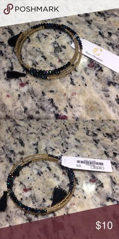 ⚜️NWT⚜️ Stunning black and gold bracelet!! Stunning black and gold bracelet!! Would be fabulous with a long sleeve black dress with a gold statement piece!! NWT!!! Charming Charlie Jewelry Bracelets