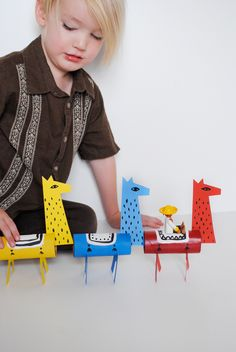 DIY Llama Craft out of toilet paper tubes and cardstock