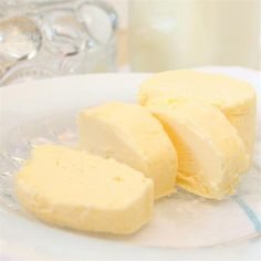 How to Turn Whipping Cream into Butter via @FoodYub - #KeepOnCooking
