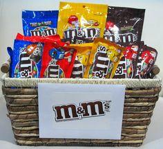 M basket gift