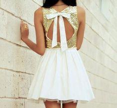 white tul + gold sparkle + bow =
