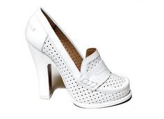 Rochas    #fashion #shoes #rochas