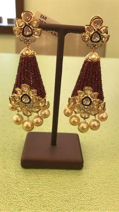Indian Jewellery Design, Jewelry Design Earrings, Gold Earrings Designs, Diamond Jewellery, Jewellery Designs, Indian Jewelry, Beaded Earrings, Beaded Jewelry, Gold Wedding Jewelry