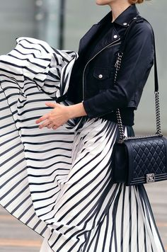 Chic summer outfit ideas. Daily style inspiration for the fashion obsessed.